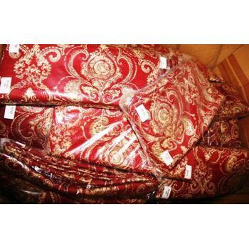 Tagesdecken, Decken für die Couch und Kissen im Set. Farbe rot/altrosa.