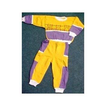 Neue Schlafanzüge bzw. Freizeitanzüge für Kinder zum einmaligen Abverkaufspreis.