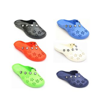 24 Paar Badeschlappen Slipper Latschen Sandalen Flippers für 3,49 EUR je Paar