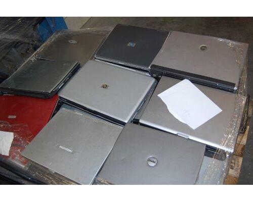 NEUER Posten Notebooks Laptop Hp,Dell,Toshiba Sonderposten mix ungep. Retoure Computer