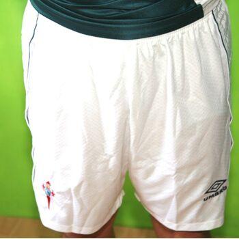 Aktion Umbro Shorts mit Wabenstruktur