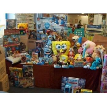 Markenwaren POSTEN, Barbie, Lego, Playmobil, TomTom, Revell, Naruto, Disney, usw., ALLES NEUWAREN