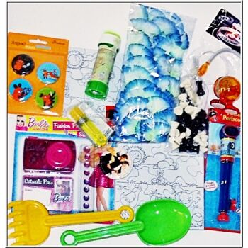 01-0043, Spielwaren sortierung, auch Lizenzartikel dabei, für Jungen und Mädchen