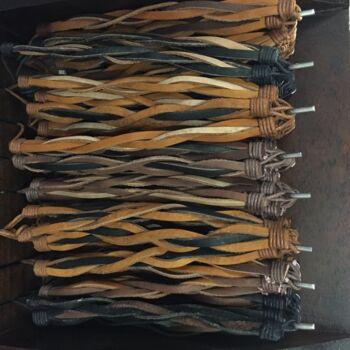 Sonderposten! 96 Stück Lederarmbänder Flechtarmband im Verkaufsdisplay