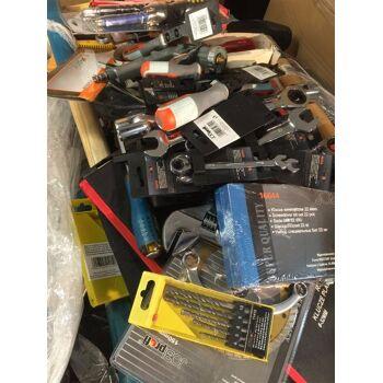 Werkzeug Palettenware Werkzeugset Werkzeugkoffer Werkzeugteile Bohraufsätze Neuware