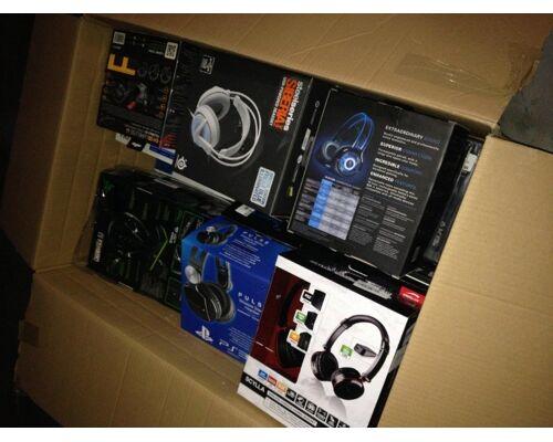 Kopfhörer Markenprodukte: Sennheiser, Bragi, Beats by Dr. Dre, Astell&Kern, Oppo, Sony, Philips, Denon, Parrot, Bose, Harman Kardon