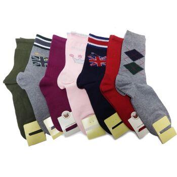 Verschiedene Farben und bedruckte Socken Größe 37-39