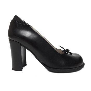 Schwarze Schnürschuhe aus Leder von Bresley