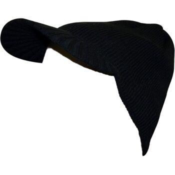 Strickmütze mit Schirm
