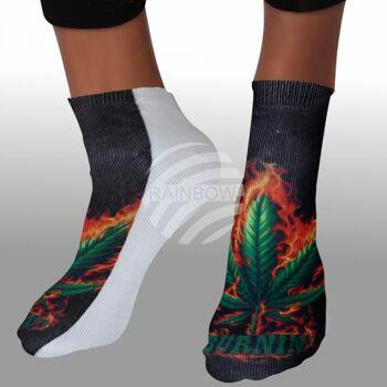 SO-L121 Motiv Socken Hanf burnin schwarz weiß ca. 37 - 40