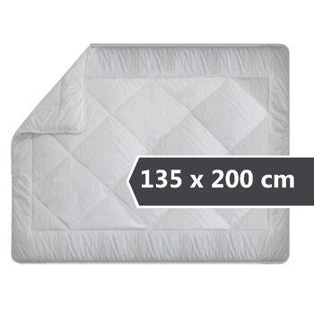 erstklassiges Steppbett für erholsamen und gesunden Schlaf - erhältlich als Ganzjahresbettdecke in 3 verschiedenen Größen