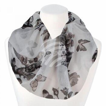 Damen Loopschal Blumen Schmetterlinge weiß grau