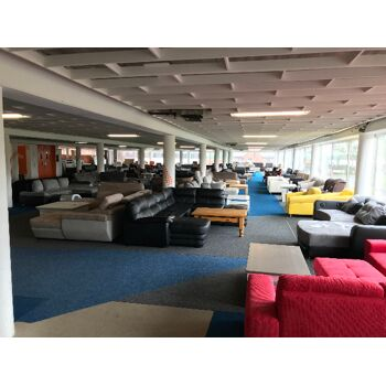 Polstergarnituren Sofas Couches zum Aussuchen/living room sets div. to choose!/Canapea - Container- -Export-  -LKW weise-
