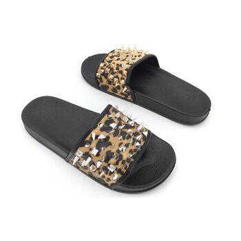 Damen Trend Slipper Sandale Slip on Leopard Nieten Look Schuhe Schuh Shoes Sommer Business Freizeit Schuh nur 8,90 Euro