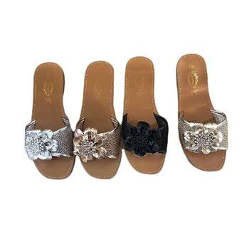Damen Trend Slipper Metallic Blume Holo Look Schuhe Schuh Shoes Must-Have Sommer Business Freizeit - 6,90 Euro
