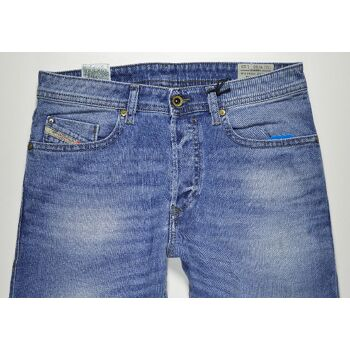 Diesel Buster Regular Slim Tapered 0842H Stretch W30L32 Herren Jeans Hosen 48081800