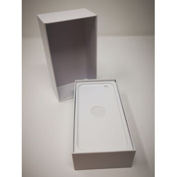 Schachtel für iPhone 6,6s,7 oder 8 weiß inkl. Original Stecker und Ladekabel