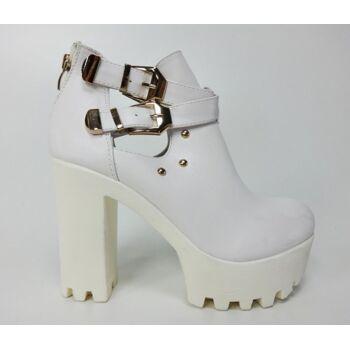 Weiße Stiefel mit Ausschnitten - Damenschuhe - Diamantique