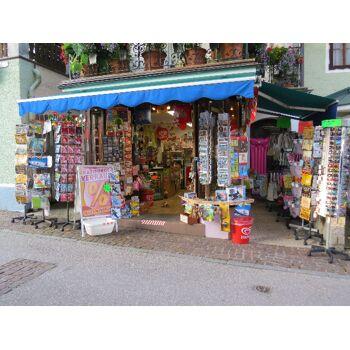 Geschäftsauflösung; Geschenkartikel, Spielwaren, Saisonwaren 1A Ware