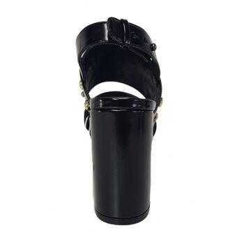 Schwarze Monki Sandalen mit Nieten - Schuhe mit hohen Absätzen