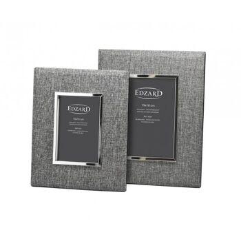 Versilberter Bilderrahmen, Fotorahmen Elda, Fotogröße 10 x 15 cm, Textil grau, anlaufgeschützt