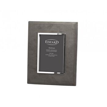 Versilberter Bilderrahmen, Fotorahmen Ruby, Fotogröße 13 x 18 cm, Wildleder graubraun, anlaufgeschützt