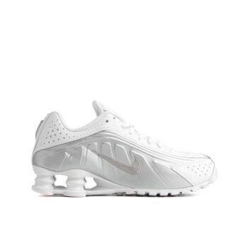 Nike Shox R4 (GS) Sneaker Neu Top A-Ware